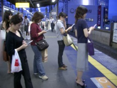 02-03-12-people-phones
